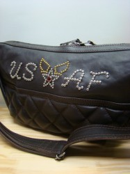 "トイズマッコイ PADDED SHOULDER BAG ""USAF WING"""