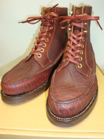 スクーブ WHOLE MOCCASIN LACE-UP Col.RED BROWN